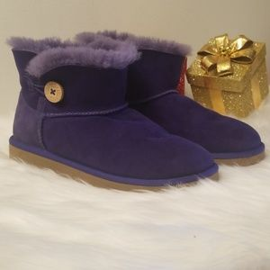 UGG Mini Bailey Button II Booties purple Sz 5